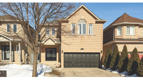 A Toronto couple wanted to upsize. It took 47 viewings, but they found a $1.1 million detached in Vaughan